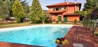 villa-acacia-330x160